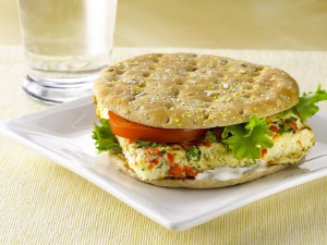Veggie Egg White Flatbread 'Wiches