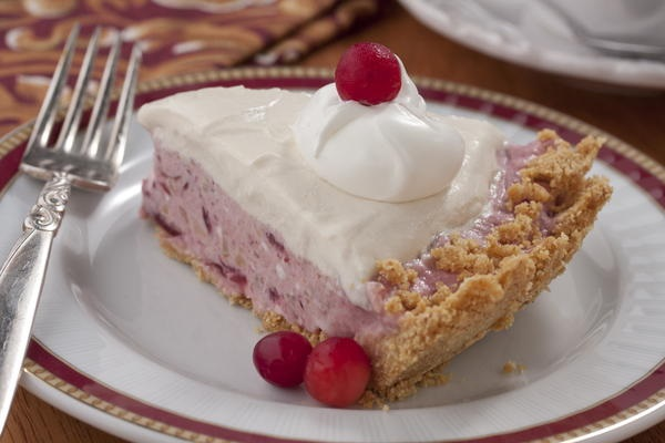 No-Bake Cranberry Pie