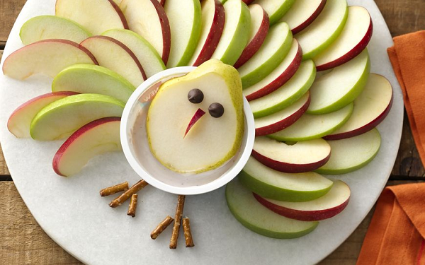Thanksgiving Turkey Fruit and Yogurt Dip