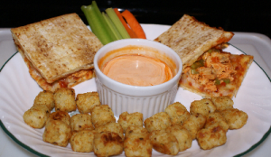 Buffalo Chicken Pizza Sammies with Potato Puffs