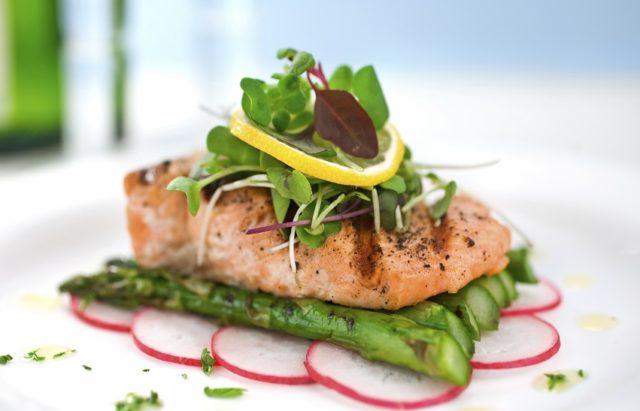 Salmon on Asparagus