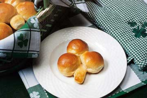 Bridgford Foods Shamrock Rolls