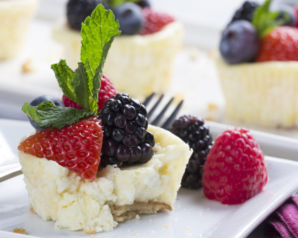 NFRA Hood Fresh & Fruity Mini Cheesecakes-HiRes