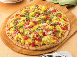 Egglands Best Bruschetta Breakfast Pizza