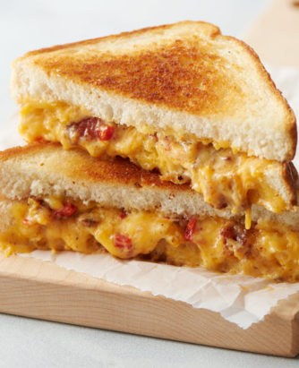 2019_DF_Retail_Bacon & Pimento Cheese Grilled Cheese