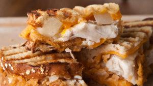 Tyson Crispy Cheddar Chicken Pear Grill