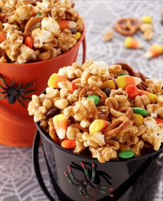 Land O Lakes Trick or Treat Caramel Corn