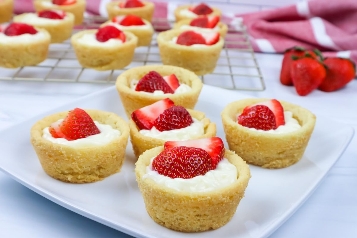 Kermilla Strawberry Cheesecake Cookie Cups