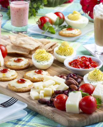 Farm-to-Table Snack Board-4384-H